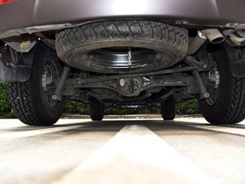 东风御风S16提供1.9T发动机的两驱与四驱的共6种车型选择,售价区高清图片