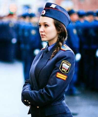 干女刑警_周游世界各国,拍照成了最喜欢做的事情,这次给大家分享各国女警察的