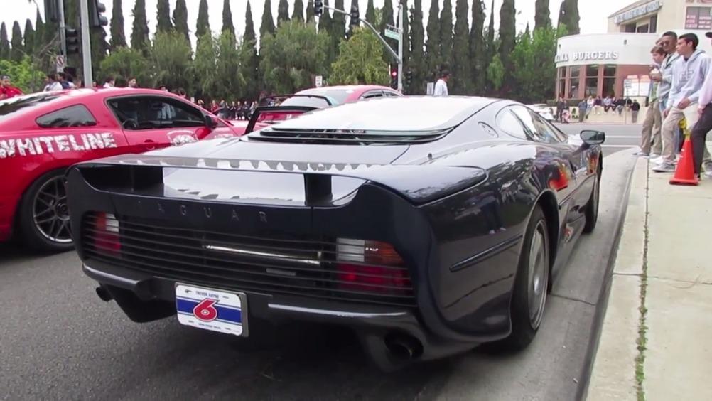 <em>捷豹</em><em>Jaguar</em> XJ220  