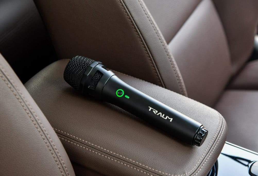 国产车玩潮流!12个低音炮搭配氛围灯,还是CVT,才卖九万!