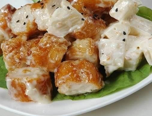 厨师长教你做酸甜菠萝鱼,美女爽口油条棒极了口味道图片活图片