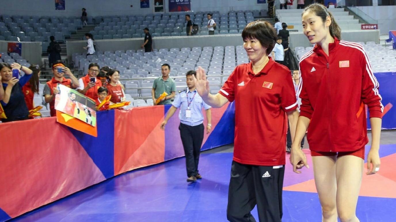 中国女排!从五连冠到十冠王,拼搏铸就辉煌!