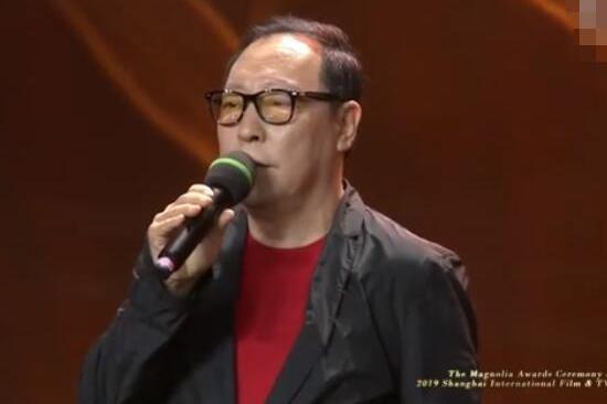 王劲松批年轻演员不背台词,倪大红拿视帝,是时候让戏骨们走红了
