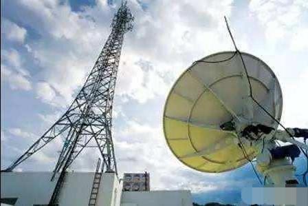 三大运营商的光纤、通讯基站进小区要交入场费,合理吗?