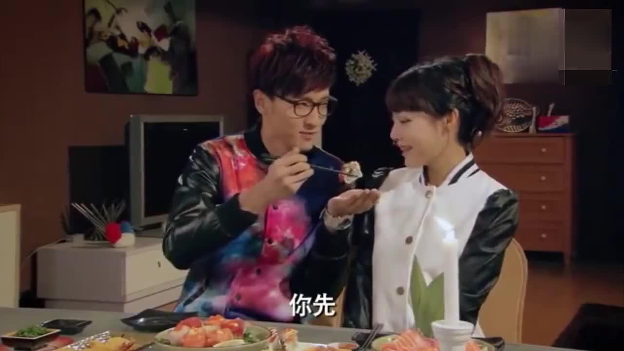 爱情公寓:蹭饭我只服张伟!情侣之间的烛光晚餐都要蹭着吃!