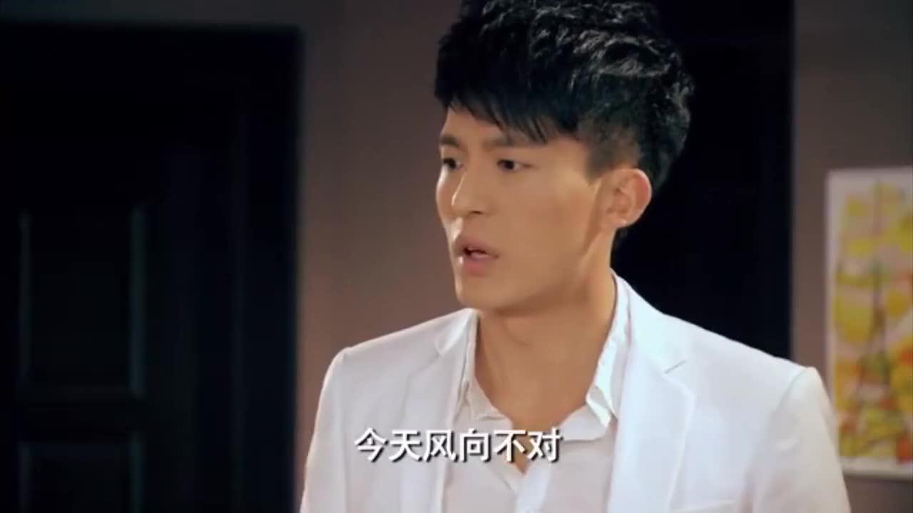 曾小贤和关谷变哼哈二将开派对,吕子乔穿着睡衣就来了!