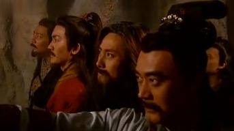 龙珠:一堆武林高手终于见到了龙珠,想要取出,却唤醒了神龙