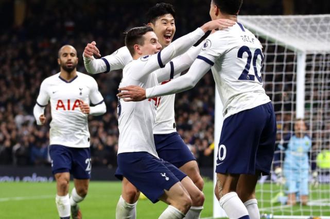 英超最新积分榜:热刺升至第6 曼联0-2爆冷仍第5 莱斯特城4-1大胜