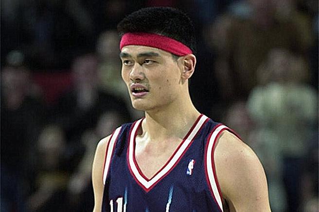 新秀赛季就入选全明星的7大巨星,姚明邓肯上榜,第一实至名归