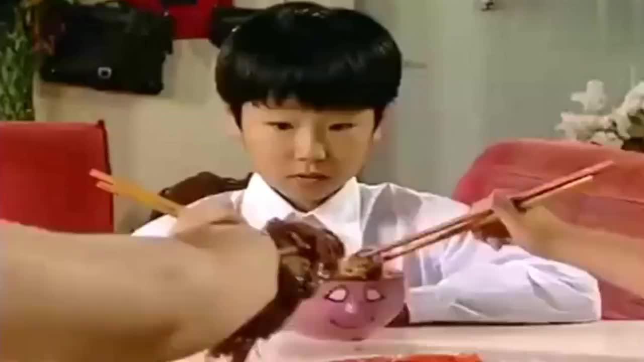 家有儿女吃地瓜都能考第一吃鸡翅才考二分刘星的鸡翅白吃了