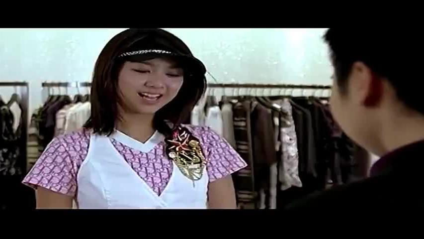 美女逛奢侈品店,谁料店员说她穿的都是假货尴尬了