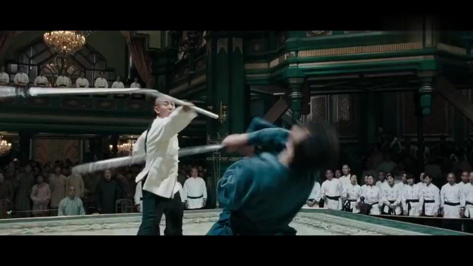 武士刀有多锋利,李连杰的精钢三节棍被两下斩断