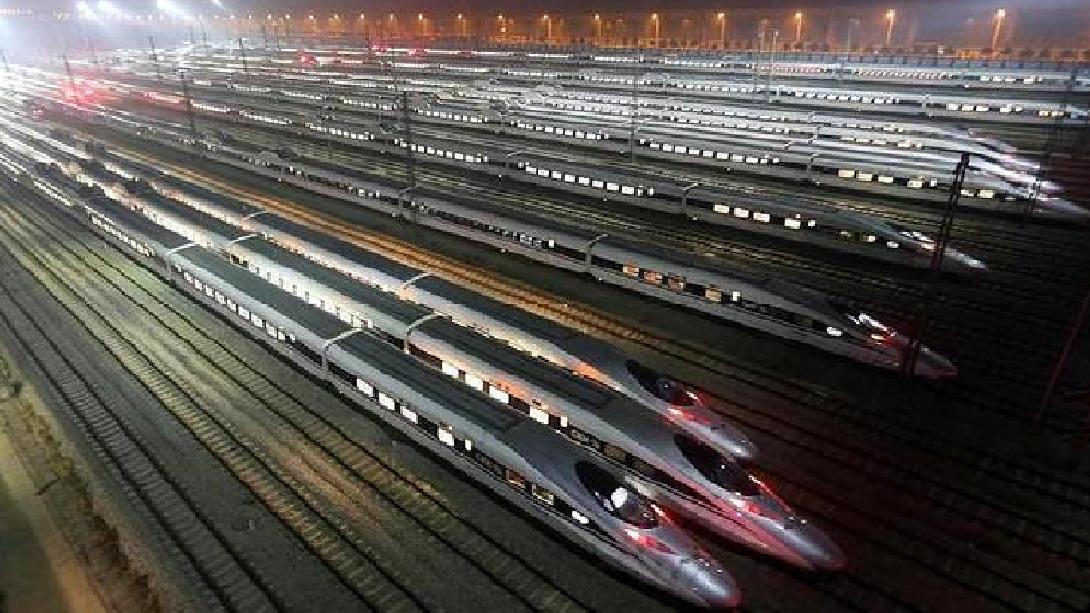 中国拿下2800亿高铁订单,日本与美国纷纷落选,厉害了我的国