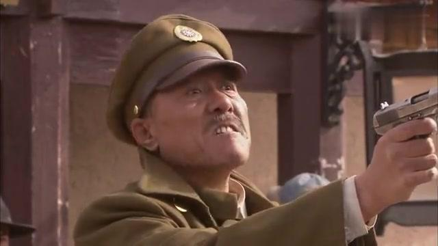 马大炮用枪指双鹰头,眼看胜利在望,谁料剧情竟反转了!