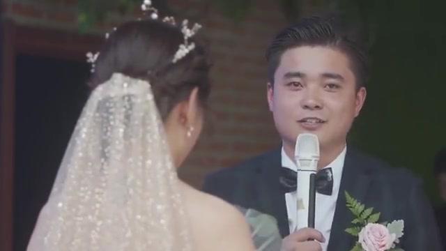 湖北小伙在上海送外卖,认识了一位白领美女,3年后娶回了家