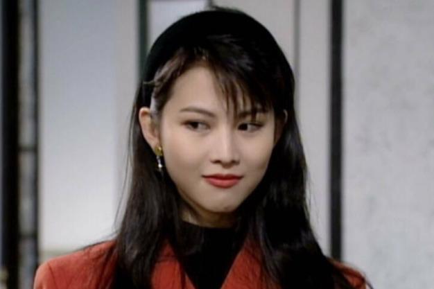 当年TVB美女如云,个个都有动人的魔力,黎姿蔡少芬太惊艳了
