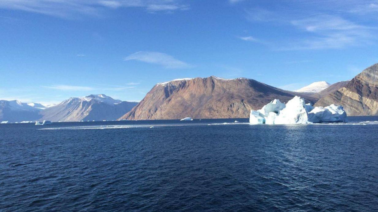 世界上面积最大岛屿,石油储备量位居世界第一,却从未开采过