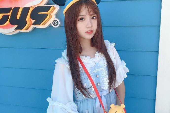 可爱美少女SNH48-王睿琦迷人写真美照欣赏