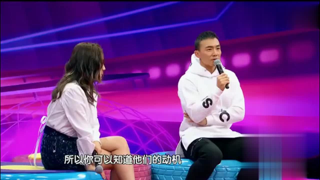 记者嗯哼亲吻小泡芙你是什么感受刘畊宏这个回答圆满了