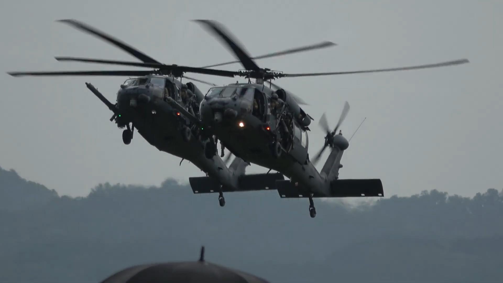驻韩美军开放日,HH-60直升机,A-10攻击机,F16战机,飞行表演