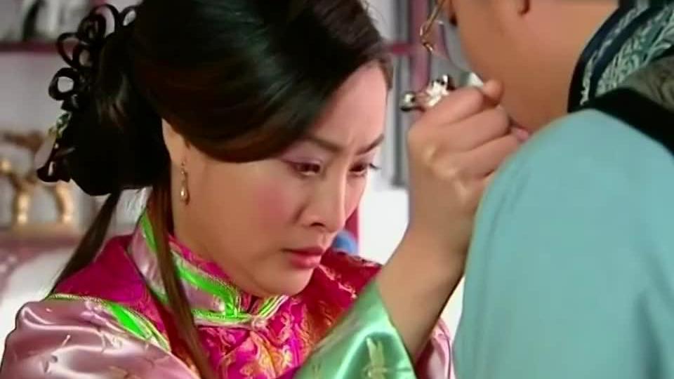 哑巴新娘苏凤为救少白拿刀冲向赵天麟竟被一枪打伤