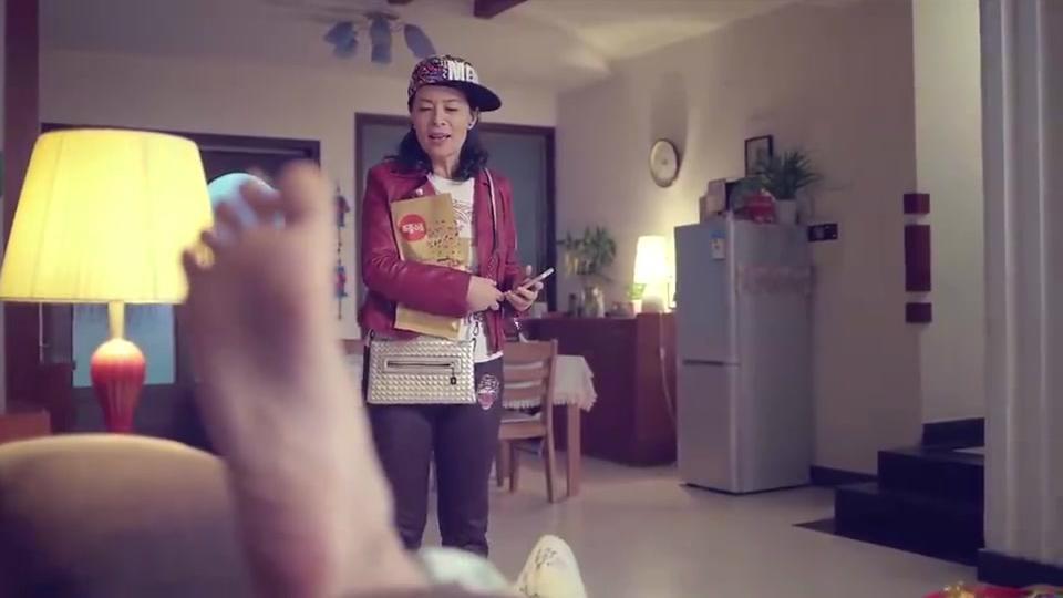 我的体育老师:王小米失恋分手,表面不在意,实际夜晚偷偷痛哭