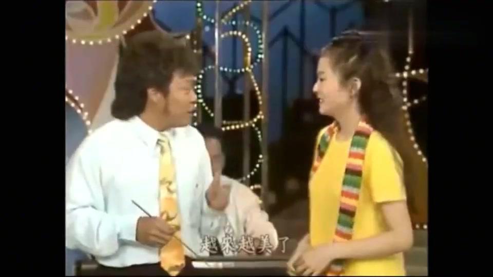 张菲遇到猪哥亮的女儿谢金燕,喜欢张姓却是他弟弟,真是搞笑!