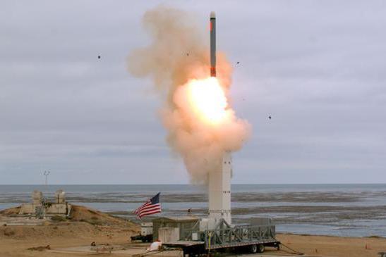中程导弹不如俄?澳智库:在东欧和太平洋,美国军事处于劣势!