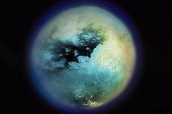 外星球土卫六有浓厚的大气层,人类是否能够对它进行改造?