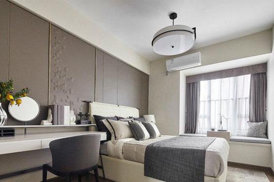 简约新中式风格四居室装修,入户鞋柜设计很别致,简洁大方很高级