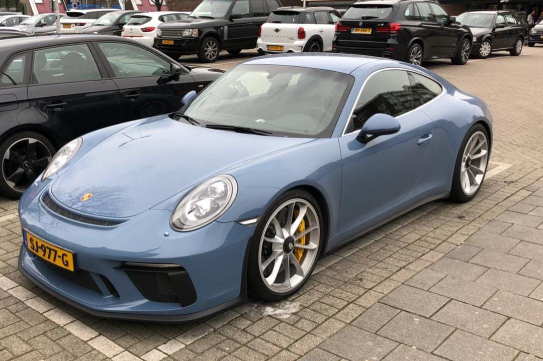 采用PTS埃特纳蓝的保时捷911 GT3!
