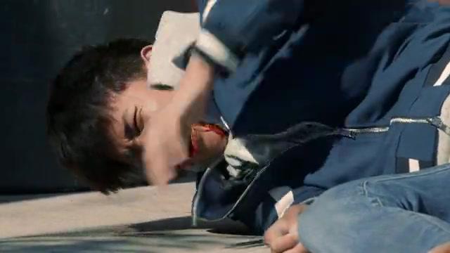 归去来:宁鸣在工地摔倒,真是太危险了,他身在美国很是难以生存