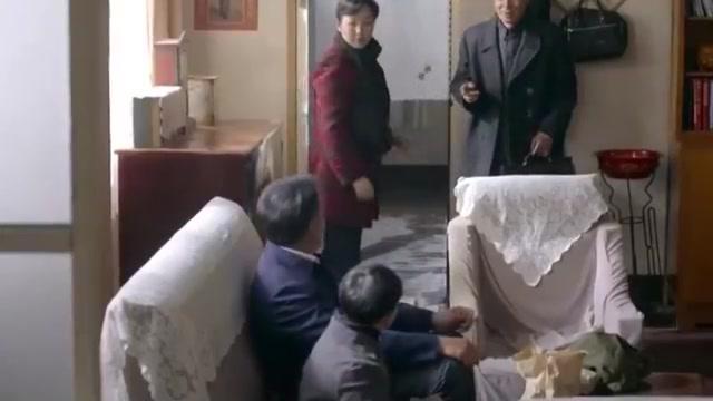 平凡的世界:冯世宽要调查徐爱云,难道她和黄北大桥坍塌有关联