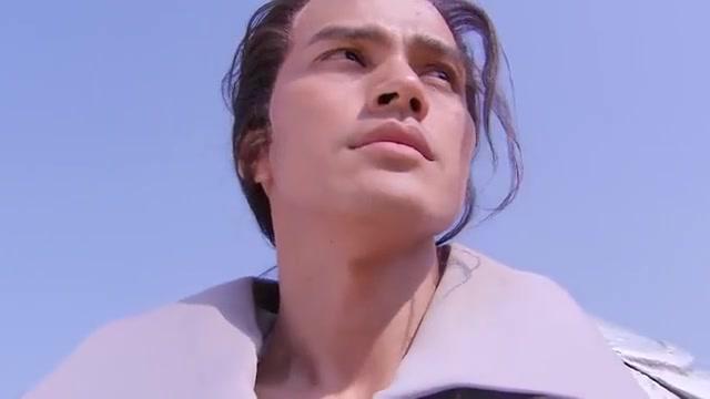 方腊希望死在武松手里,万万没想到武松砍掉自己一臂,方腊自刎