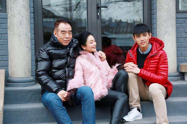 67岁陈凯歌:放弃洪晃恋上许晴,和倪萍同居6年却娶了小16岁陈红