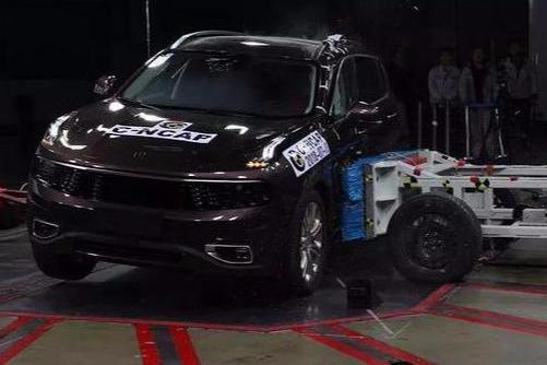 2018年最安全SUV是谁?最不安全的又是谁?车评人:撞过才知道