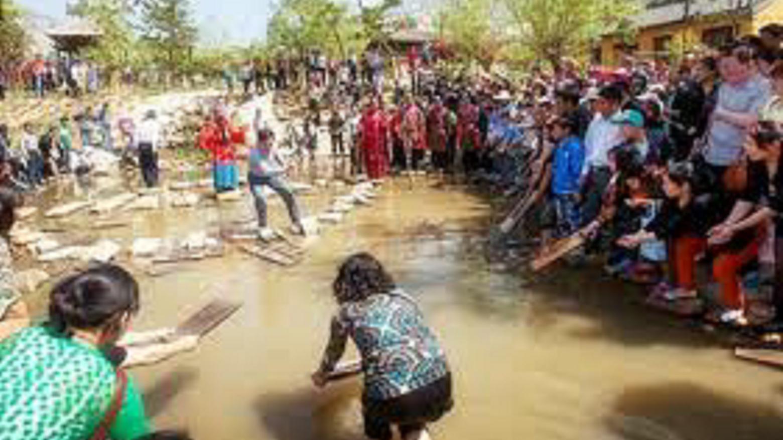 一条流着黄金的河流!人们经常拿着工具来捞,国家居然很鼓励