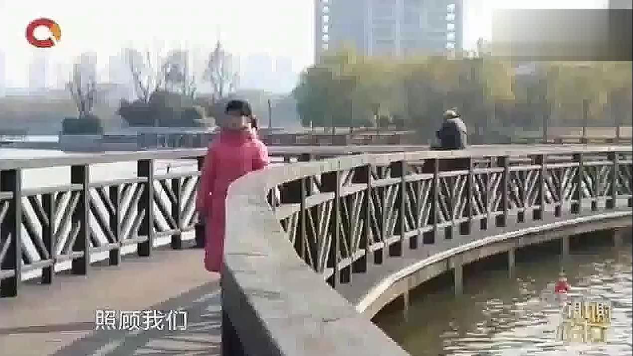 父亲竟然把8岁女儿送人涂磊你还是人吗