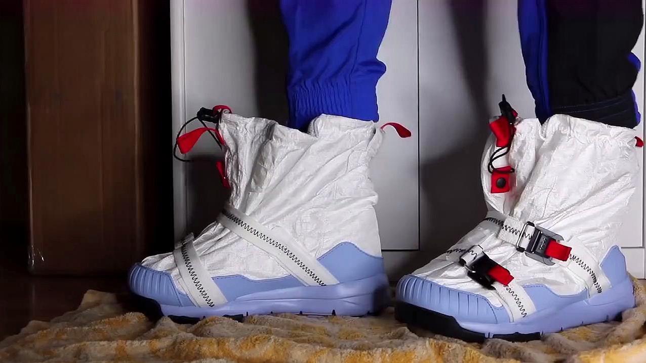 """世界首双""""火星登陆鞋""""售价超过10000元,网友:却直言太值了"""