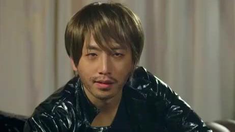 我叫王大锤:刚从日本回来第一天,帅不过三秒就被拘留了,尴尬