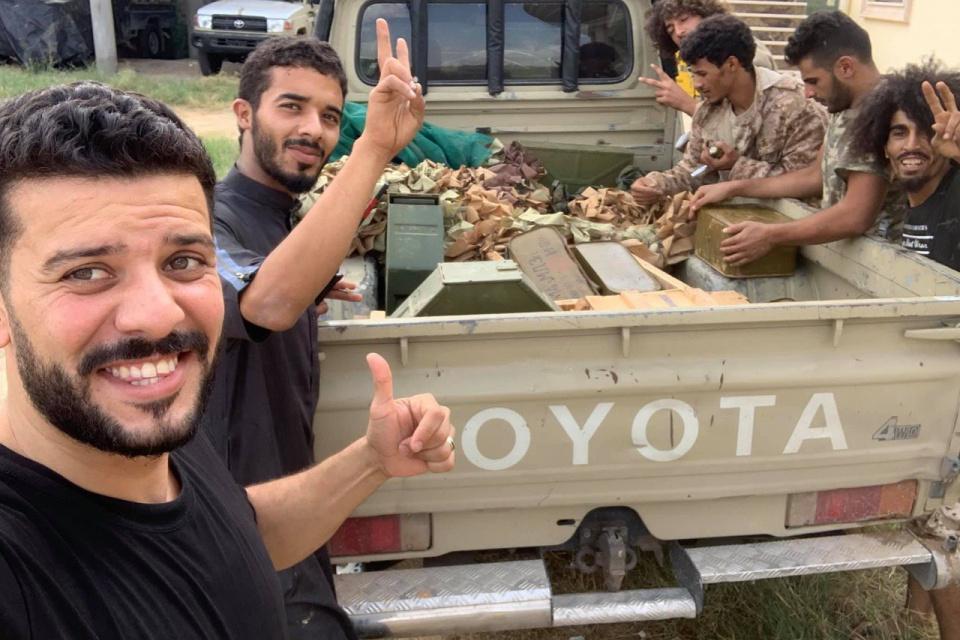 常为国家背黑锅,利比亚出现俄罗斯雇佣兵,战场上差点被抓获