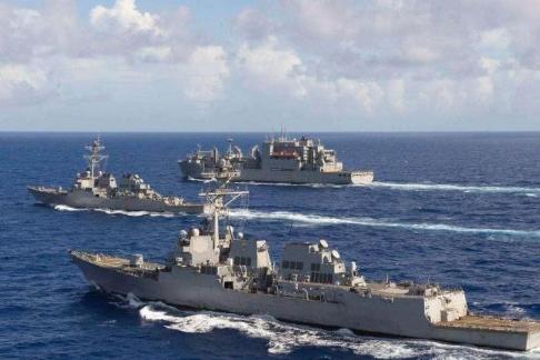 两艘美舰海峡自由航行,不料遭导弹锁定,亚洲大国:越界就开火