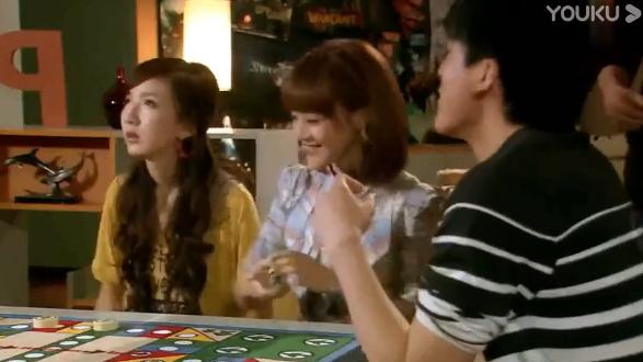 爱情公寓:小贤这篇求职信太恶心了,所有人都看反胃了