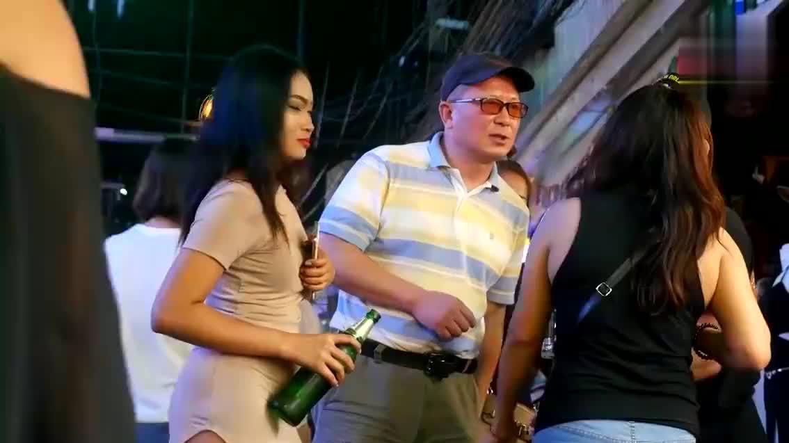 """当泰国美女问""""是否去看高尔夫"""",一定要拒绝,原因让人脸红!"""