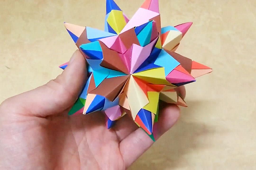 简单几招,带你学习三角插刺猬球的折纸方法,趣味十足!