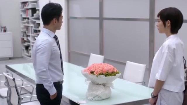 前夫不愿离婚,还给默笙送鲜花,这是要和好!