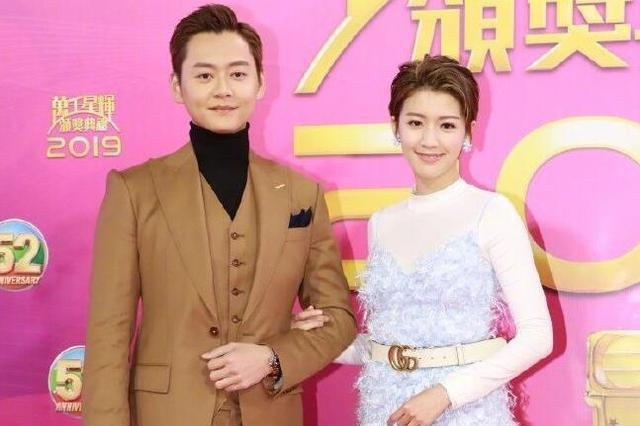 跟内地花旦们的红毯秀比起来,TVB女星的红毯就是大型的影楼写真
