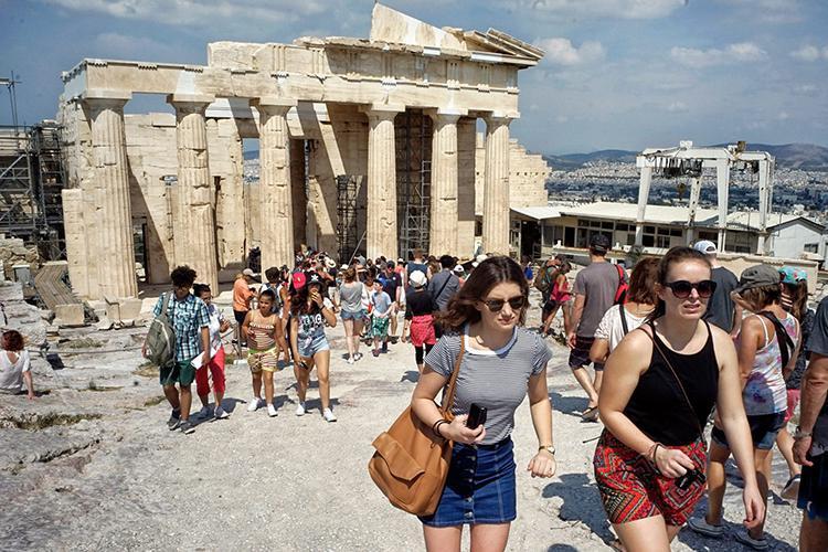 希腊旅游拟新政,提升希腊移民投资信心