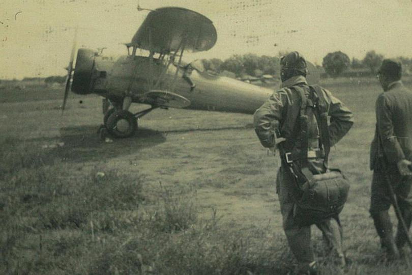 步兵炸机场,抗战仅两次!廖政国误打误撞,虹桥机场炸4架日机