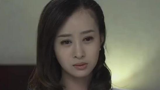 夏鹏飞听到女友房间进男人,放下工作就找来,却被女友一顿责怪